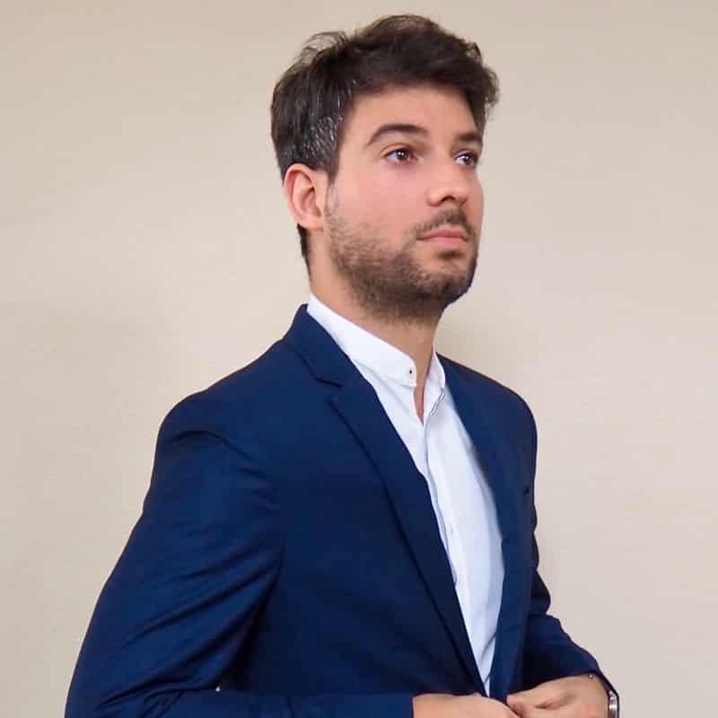 DRI scientist Lazaro Perez